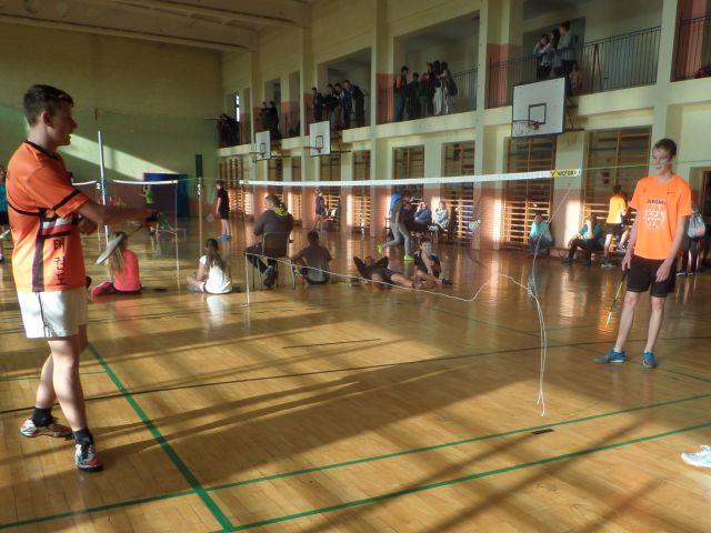 Oglądasz obraz z artykułu: Gramy w badmintona