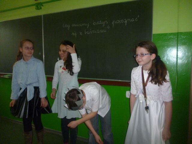 Oglądasz obraz z artykułu: Klasa 4b na scenie