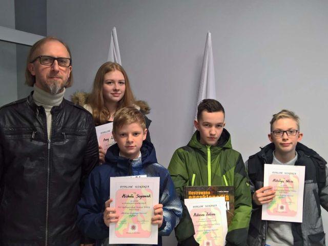 Oglądasz obraz z artykułu: Ogólnopolski Turniej Wiedzy Pożarniczej 2018